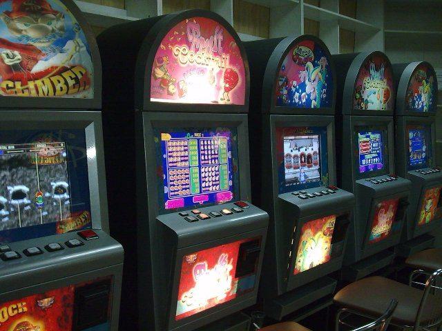 Играть на деньги в казино Фараон