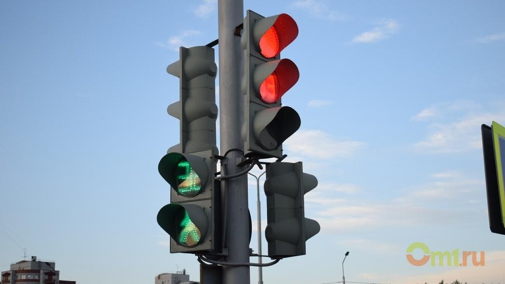 Светофоры в Омске установят москвичи